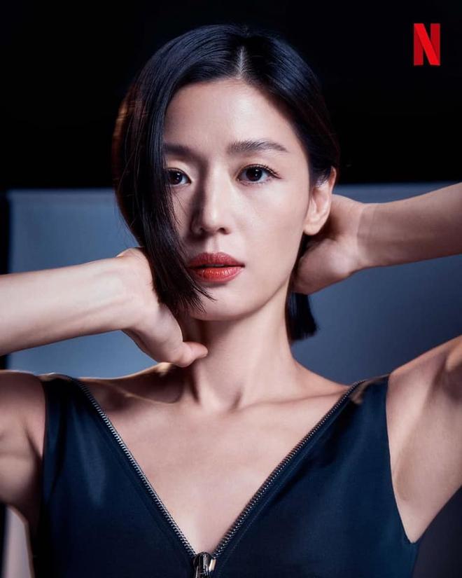 Một lần nữa phải nhắc lại: Jeon Ji Hyun cắt tóc ngắn đẹp điên lên - ảnh 8
