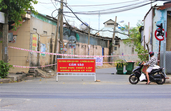 Đà Nẵng tìm nhiều shipper và người đến hàng loạt quán ăn khắp các quận, huyện liên quan ca COVID-19 mới - ảnh 1