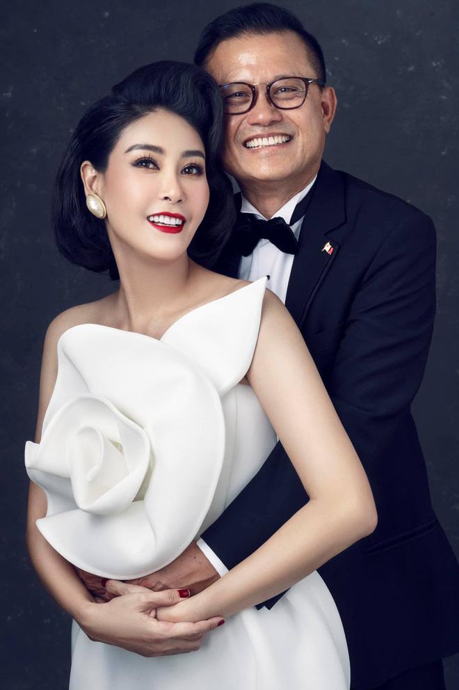 """Hà Kiều Anh kỉ niệm 14 năm ngày cưới sau ồn ào công chúa triều Nguyễn, visual cả nhà """"đỉnh chóp"""" nhưng có 1 điều gây tiếc nuối! - ảnh 3"""