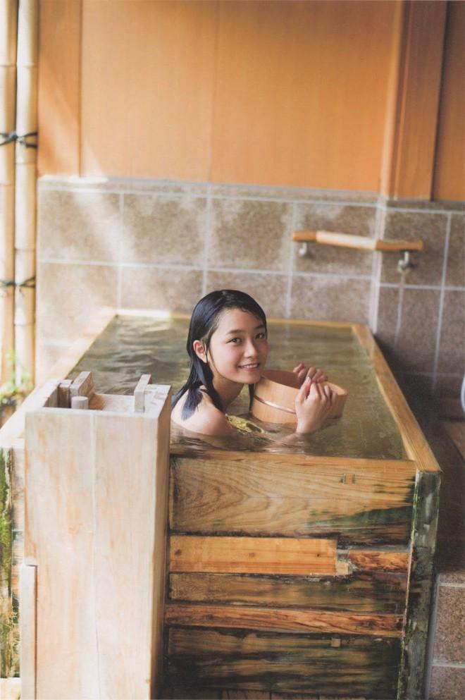3 bộ phận trên cơ thể nữ giới khi đi tắm nên rửa sạch càng nhiều càng tốt sẽ giúp tăng cường sức khỏe, cải thiện tâm trạng và sắc đẹp - ảnh 1