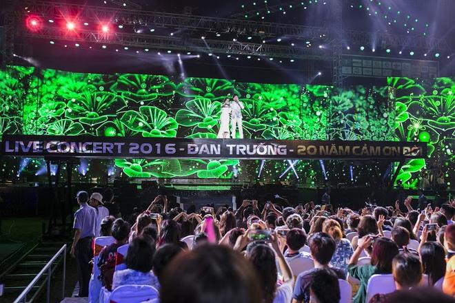 Đan Trường - Cẩm Ly gây trố mắt với sân khấu di chuyển trên không nhưng netizen lại đánh giá không tôn trọng khán giả? - ảnh 5