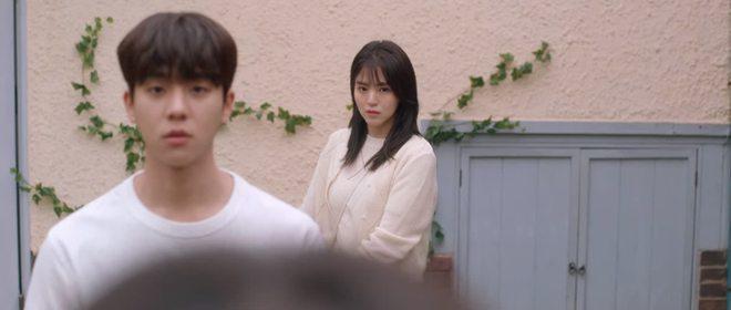 Đừng trách Han So Hee lao đầu vào bad boy Song Kang ở Nevertheless nữa, anh ta có cả xe hơi 6 tỷ cơ mà! - Ảnh 2.