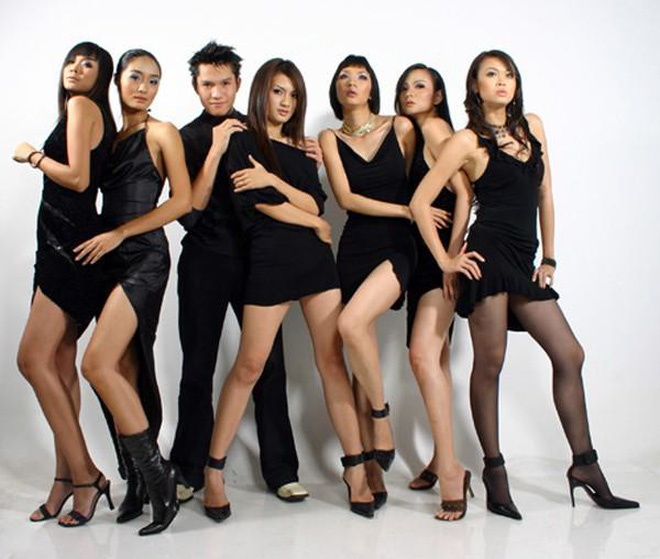 Làng mẫu Việt từng có 1 người xuất chúng không kém Thanh Hằng hay Xuân Lan, nhưng cuối cùng lại biến mất bí ẩn - ảnh 12