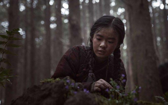 Profile cô bé át vía Jeon Ji Hyun ở Kingdom: 13 tuổi toàn đóng vai chính, nhan sắc không đùa được đâu - Ảnh 2.
