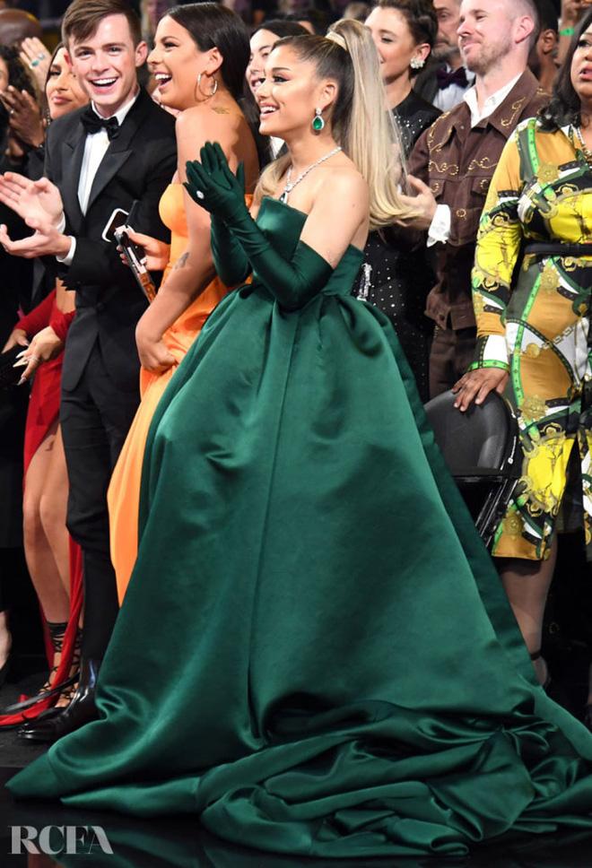 Ariana Grande và những outfit công chúa đỉnh của chóp, có set nhẩm tính sơ qua đã lên đến 243 tỷ đồng - ảnh 18