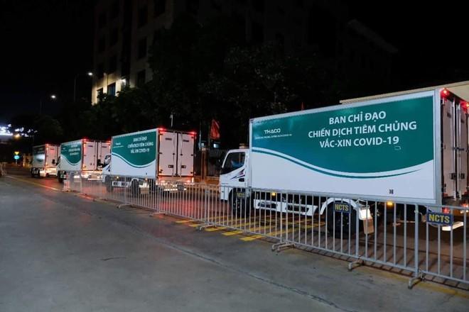 Hơn 1,5 triệu liều vắc xin Moderna đã về đến Sân bay Nội Bài - ảnh 3