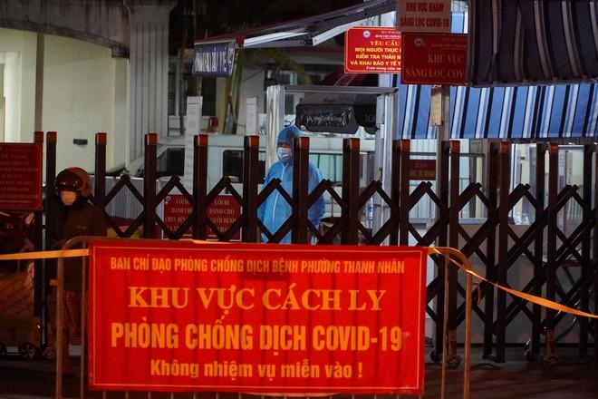 NÓNG: Phát hiện 9 ca dương tính SARS-CoV-2, Bệnh viện Phổi Hà Nội tạm dừng tiếp nhận bệnh nhân - ảnh 2