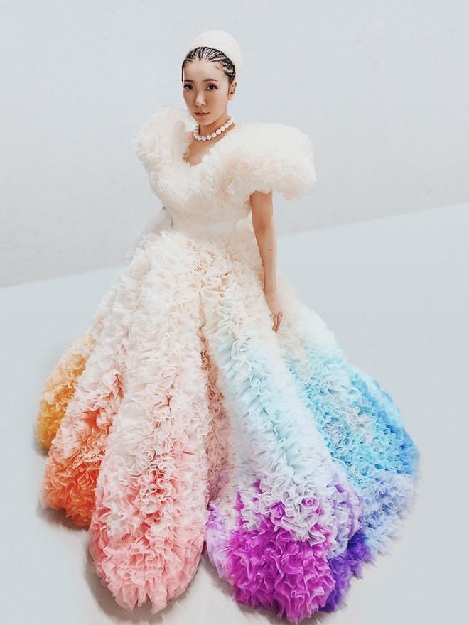 Khoảnh khắc kinh diễm: Lễ khai mạc Tokyo Olympic 2021 gọi tên ca sĩ Misia và chiếc váy bồng bềnh, mềm mại tựa như mây - ảnh 5