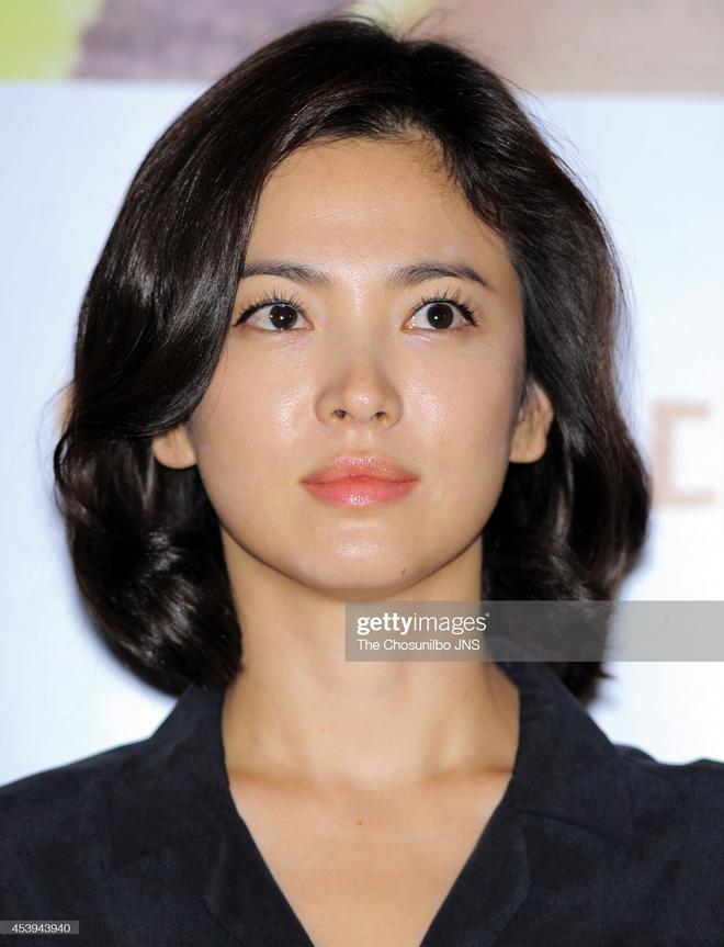 Song Hye Kyo rất hay quảng cáo mỹ phẩm, ok vậy soi cận da nàng xem thử coi - ảnh 7