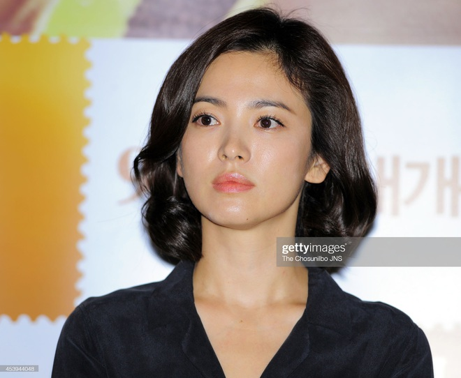 Song Hye Kyo rất hay quảng cáo mỹ phẩm, ok vậy soi cận da nàng xem thử coi - ảnh 6