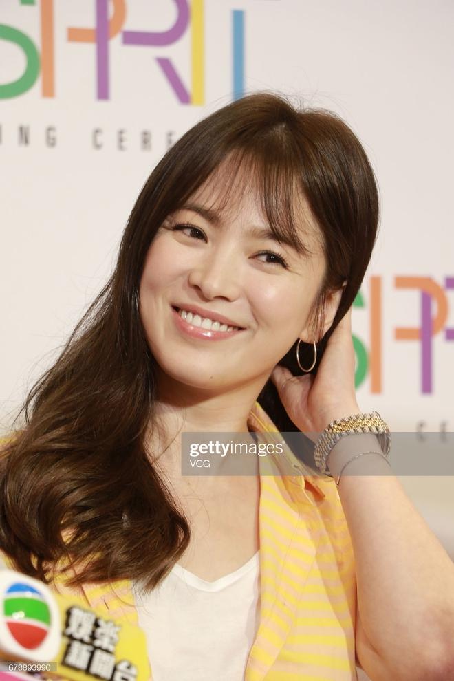 Song Hye Kyo rất hay quảng cáo mỹ phẩm, ok vậy soi cận da nàng xem thử coi - ảnh 9