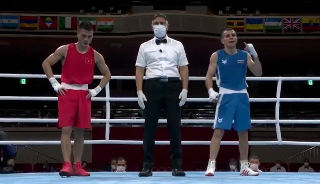 Tự tin quẩy sớm vì tưởng thắng được võ sĩ Việt tại Olympic, VĐV chuyển sang mếu máo khi nghe kết quả cuối cùng - ảnh 1
