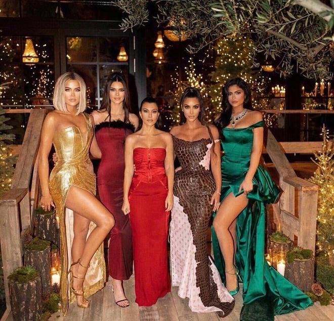 Không phải Kardashian, nhà tài tử Rambo mới là gia đình cực phẩm: Cả 3 ái nữ đều đẹp như Hoa hậu, mã gene báu vật là đây! - ảnh 30