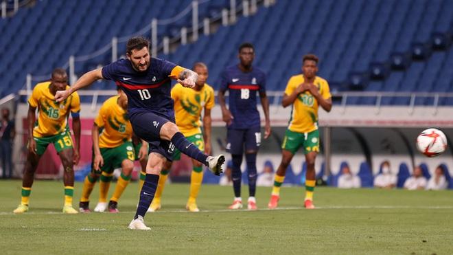 Trận đấu kịch tính nhất Olympic 2020: Đủ drama từ trượt pen, đá hỏng trước khung thành trống, rượt đuổi tỷ số 7 bàn chỉ trong 1 hiệp - ảnh 2