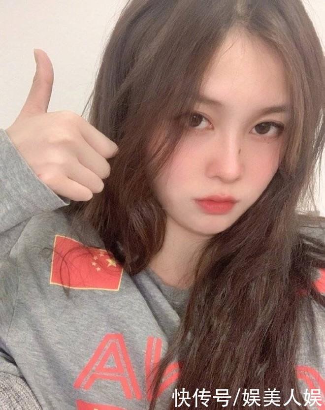 Đội trưởng đội bóng nước nữ Trung Quốc khiến MXH điên đảo chỉ sau 1 bức ảnh thi Olympic với nhan sắc cực phẩm, soi profile lại càng mê mệt - ảnh 8