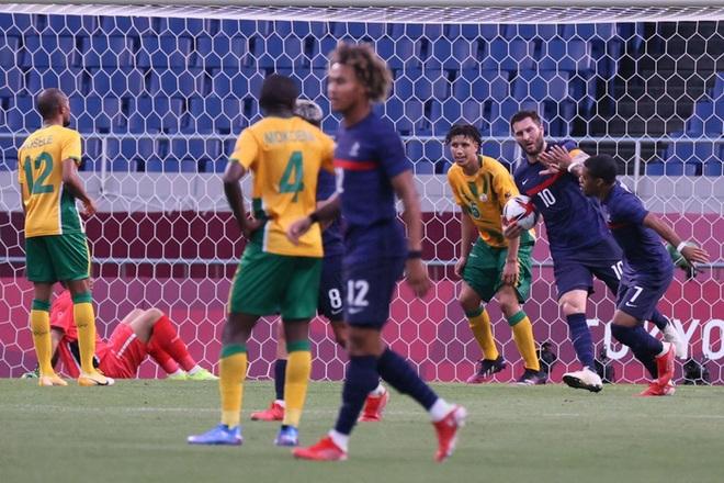 Trận đấu kịch tính nhất Olympic 2020: Đủ drama từ trượt pen, đá hỏng trước khung thành trống, rượt đuổi tỷ số 7 bàn chỉ trong 1 hiệp - ảnh 7