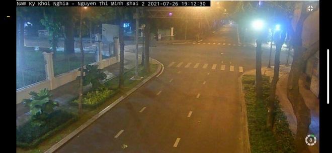 Trực tiếp: Toàn cảnh đường phố Sài Gòn sau 18h tối nay (26/7) - Ảnh 4.