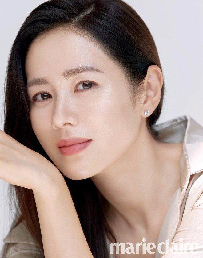 Tình cũ và tình mới Hyun Bin đọ sắc cực gắt: Nhan sắc cân não, nghía đến body Son Ye Jin nhỉnh hơn hẳn Song Hye Kyo? - ảnh 3