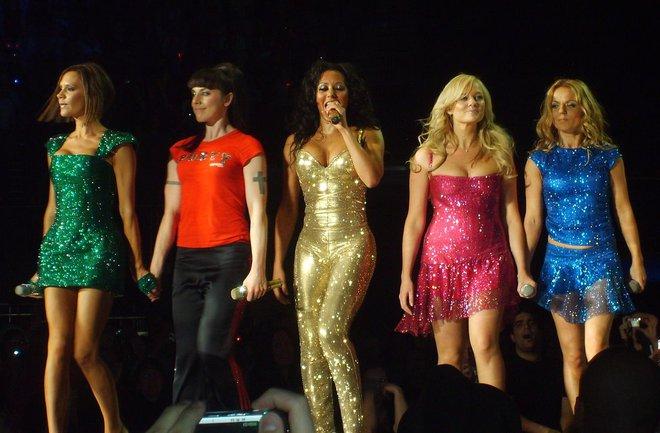 Màn tái hợp của Spice Girls tại Olympic 2012 gây nổ truyền thông là thế nhưng bà xã David Beckham từng không muốn diễn cùng hội chị em? - ảnh 10