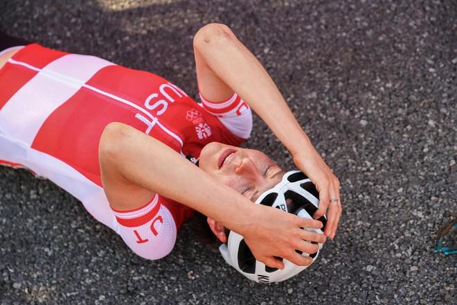 Chân dung khó tin của cô gái giành huy chương vàng đua xe đạp Olympic Tokyo: Tiến sĩ toán đi đua xe và trở thành nhà vô địch tuyệt đối - ảnh 3
