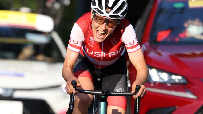 Chân dung khó tin của cô gái giành huy chương vàng đua xe đạp Olympic Tokyo: Tiến sĩ toán đi đua xe và trở thành nhà vô địch tuyệt đối - ảnh 1