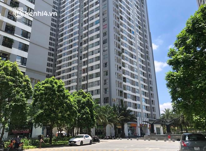 Hà Nội: Phong tỏa tạm thời toà Park 5, Khu đô thị Times City sau 2 ca nghi mắc Covid-19 - ảnh 1