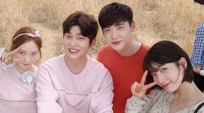 Tình bạn hơn 10 năm của Lee Jong Suk và Lee Sung Kyung: Gấp đôi visual đẹp hết chỗ chê, có lúc còn tình bể bình hơn người yêu - Ảnh 8.