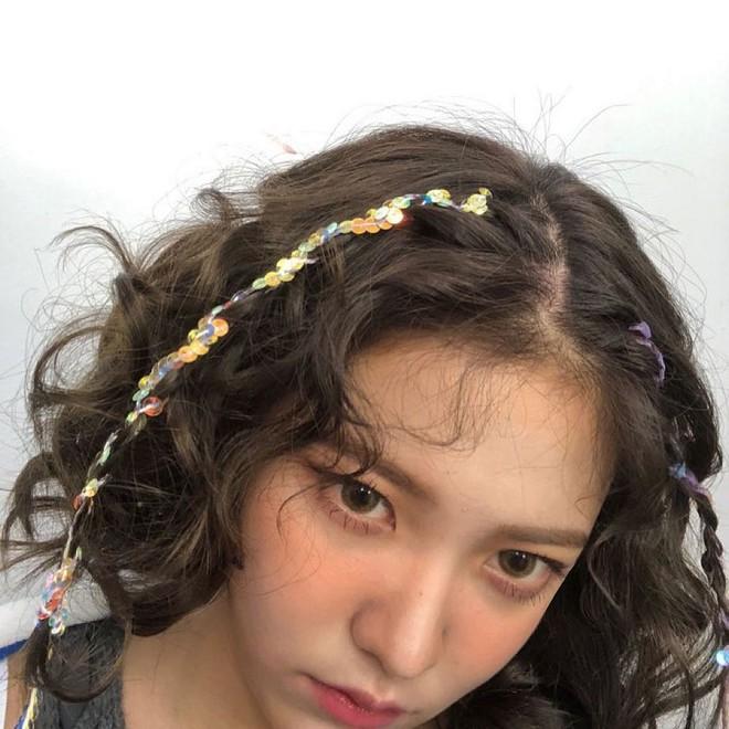 Sao Hàn dạo này đang mê tít tóc tết, học theo trông không như nàng thơ thì cũng hack tuổi siêu đỉnh - ảnh 9