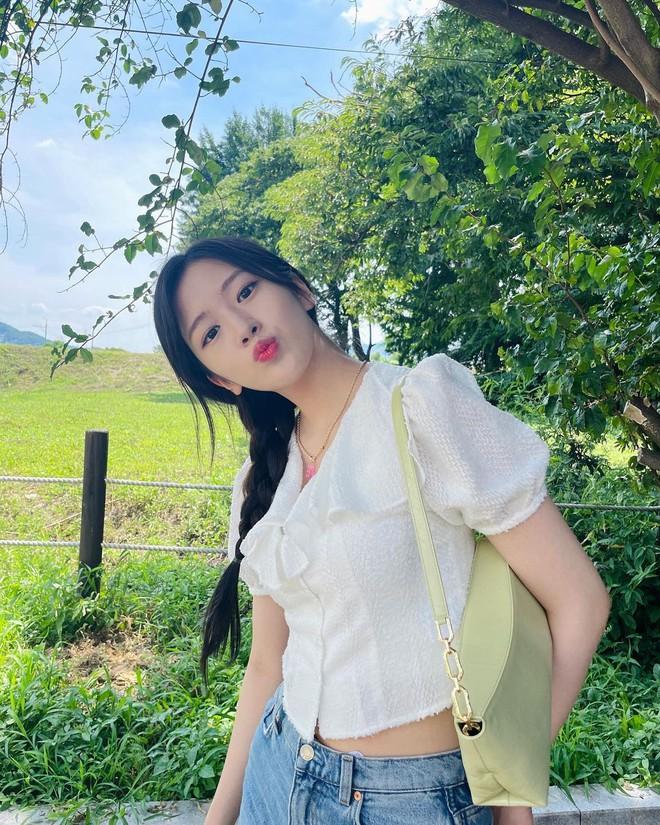 Sao Hàn dạo này đang mê tít tóc tết, học theo trông không như nàng thơ thì cũng hack tuổi siêu đỉnh - ảnh 2