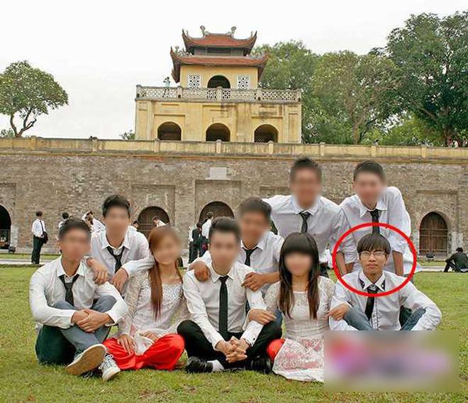 Nam sinh 9 năm trước khóc ngất ở sân bay Nội Bài vì gặp thần tượng: Bị chế ảnh khắp MXH, cuộc sống hiện tại thay đổi ngoạn mục - ảnh 5