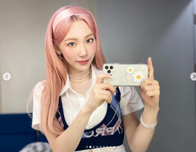 Netizen phát hiện Taeyeon (SNSD) đổi màu tóc thì phải đổi luôn cả điện thoại, chiếc ốp lưng cũng cực kỳ rát ví - ảnh 3