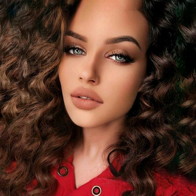 Hot girl TikTok khoe mặt mộc trước khi makeup, hơn 31 triệu người xem kiên quyết từ chối chấp nhận sự thật quá mức tàn khốc - ảnh 1
