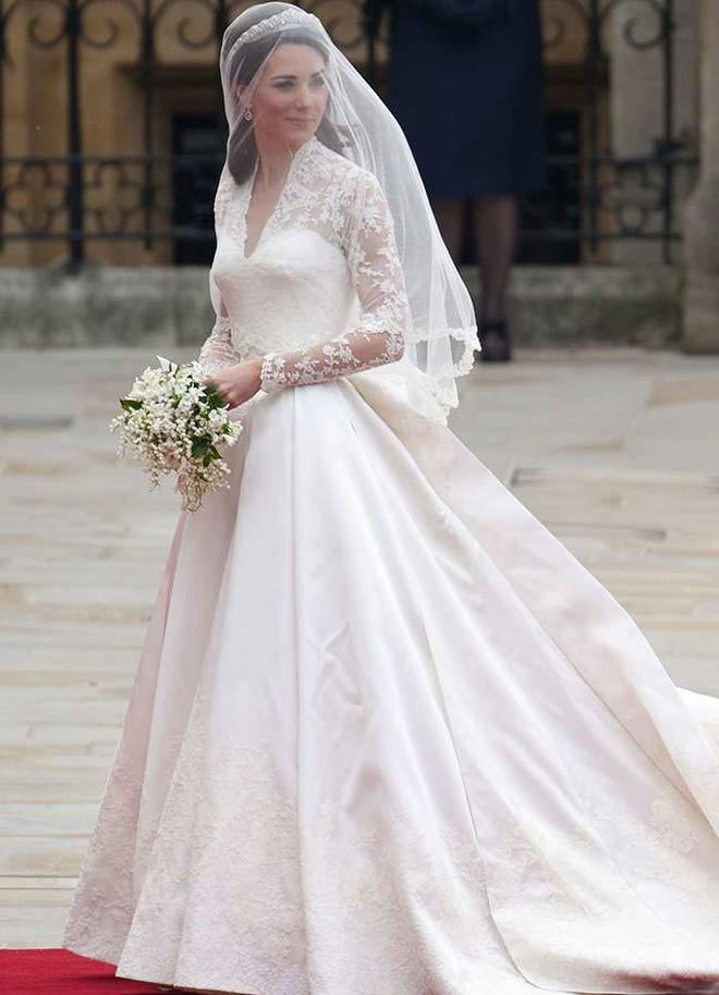 Đâu là chiếc váy cưới đầu tiên và nguồn gốc của nó cao quý tới mức nào? - ảnh 10