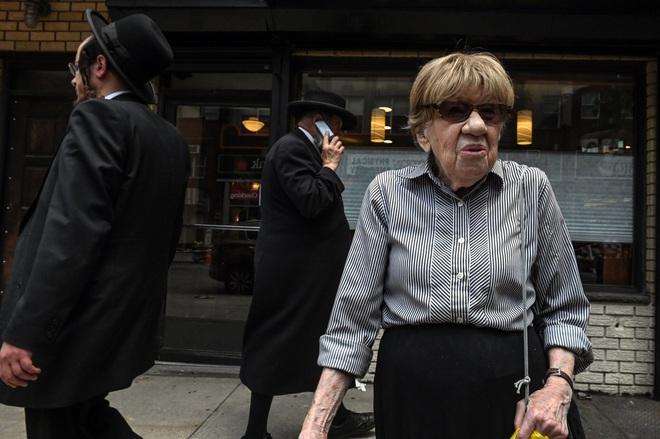 Delta khiến ca nhiễm Covid lan rộng, người New York đối diện với cơn ác mộng chết chóc của năm 2020 - ảnh 6