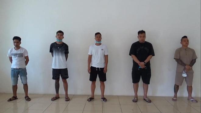 Thánh chửi Dương Minh Tuyền bị bắt tại Ninh Bình khi sử dụng ma tuý, bay lắc trong quán karaoke - ảnh 1