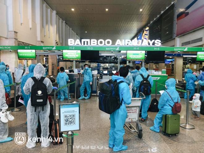 Chuyến bay miễn phí thứ 4 cất cánh rời TP.HCM, đã có 763 người Bình Định về quê tránh dịch - ảnh 7