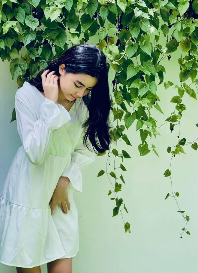 Cô út nhà MC Quyền Linh bùng nổ visual trong loạt ảnh mừng sinh nhật tuổi 13, qua ống kính của mẹ mà đỉnh cỡ này rồi! - ảnh 5