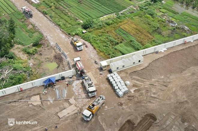 Ảnh: Hà Nội thần tốc xây dựng bệnh viện dã chiến điều trị bệnh nhân COVID-19 - ảnh 5