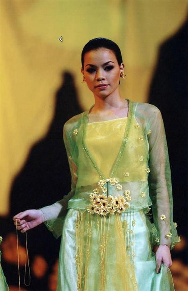 Ảnh Hà Hồ 20 năm trước, thời thi Hoa hậu nhưng bị loại trước chung kết, vướng nghi án dao kéo vì khác quá khác bây giờ - ảnh 20