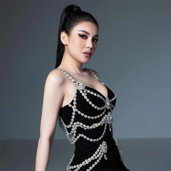 Thương thay chiếc váy Chanel: Tuổi đời 29 năm, bị copy trắng trợn để Á hậu Kim Duyên lẫn... mỹ nhân Thuỷ Thủ Mặt Trăng diện - ảnh 11