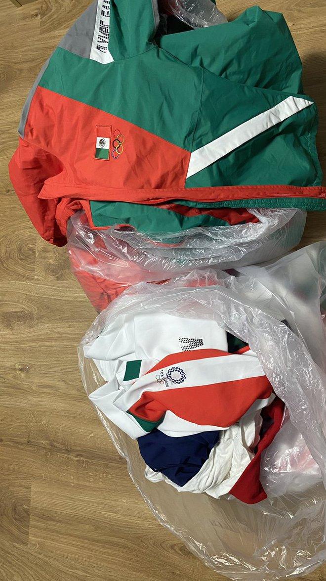 Biến căng tại Olympic: VĐV bóng mềm Mexico hủy hoại hình ảnh quốc gia khi ném đồ thi đấu vào thùng rác, đối mặt nguy cơ phải hầu tòa - ảnh 1