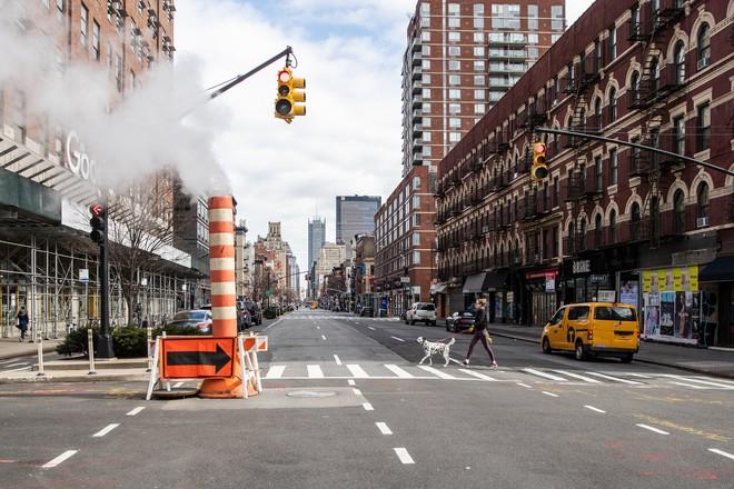 Delta khiến ca nhiễm Covid lan rộng, người New York đối diện với cơn ác mộng chết chóc của năm 2020 - ảnh 3