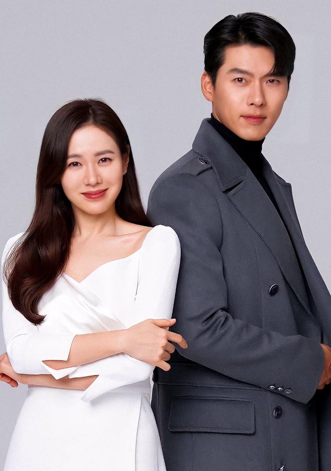 MXH nổ vì ảnh Hyun Bin - Son Ye Jin lần đầu cùng dự sự kiện hậu công khai hẹn hò, đã mặc đồ đôi còn ôm ấp như phu thê? - ảnh 8
