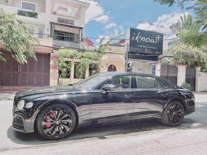 Rich kid Việt và những món quà khủng: Bộ đôi siêu xe ngót nghét 70 tỷ, đồng hồ sang với hàng hiệu nhiều không đếm nổi - ảnh 4