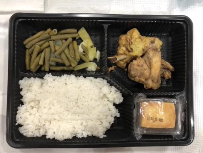 Gái xinh kể chuyện là F0, cách ly ở Thuận Kiều Plaza: Chẳng có gì sợ, ngày ăn 3 bữa đủ món, WC sạch sẽ, wifi vù vù! - ảnh 5