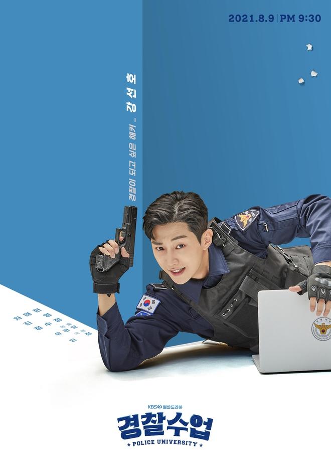 Chết chìm với bể visual bùng nổ của cảnh sát Krystal ở phim mới, netizen đùa bắt em đi chị ơi - ảnh 15