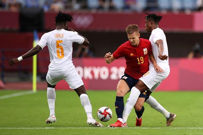 Hậu vệ Bờ Biển Ngà phá game, giúp Tây Ban Nha trở về từ cõi chết, ngược dòng giành vé vào bán kết Olympic - ảnh 3