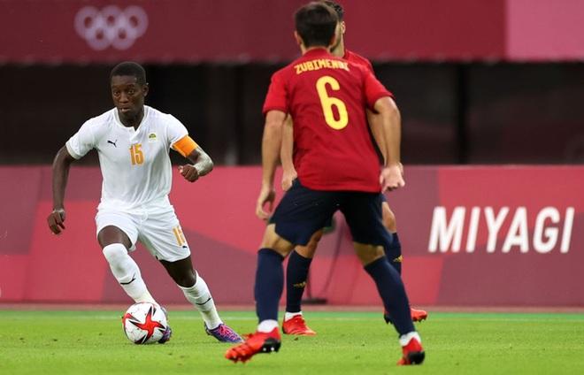 Hậu vệ Bờ Biển Ngà phá game, giúp Tây Ban Nha trở về từ cõi chết, ngược dòng giành vé vào bán kết Olympic - ảnh 8