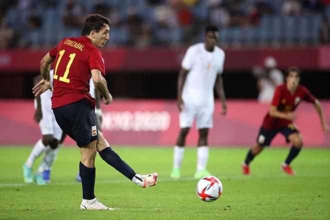 Hậu vệ Bờ Biển Ngà phá game, giúp Tây Ban Nha trở về từ cõi chết, ngược dòng giành vé vào bán kết Olympic - ảnh 10