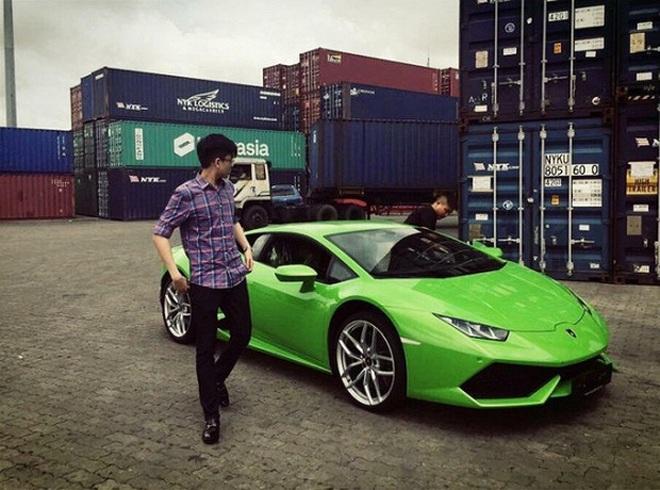 Rich kid Việt và những món quà khủng: Bộ đôi siêu xe ngót nghét 70 tỷ, đồng hồ sang với hàng hiệu nhiều không đếm nổi - ảnh 23